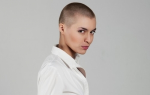 15 Celebrities Who Were Hot Even With a Bald Head